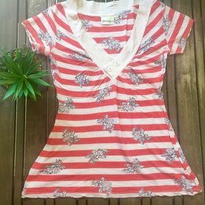 Porridge short-sleeve striped V-neck top | Size XS